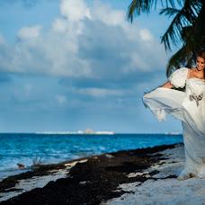 Wedding photographer Adrian Naranjo (adriannaranjo). Photo of 15.05.2015