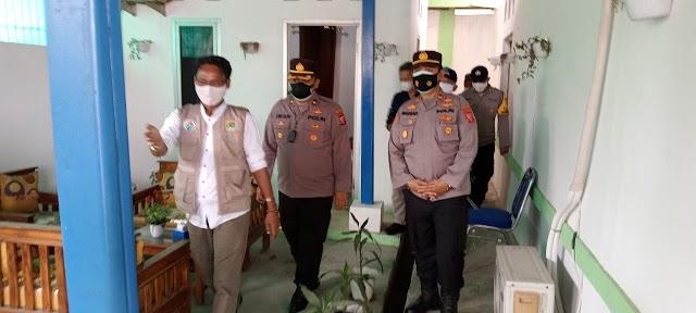 Polres Karawang Cek Posko PPKM Berbasis Mikro Desa Purwasari Karawang Jawa Barat.