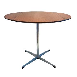 Fritz Hansen Mid-Century Pedestal Dining Table