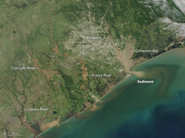 On 31 August 2017, the Moderate Resolution Imaging Spectroradiometer (MODIS) on NASA's Terra satellite acquired natural-color images of extensive flooding along the Texas coast and around the Houston metropolitan area in the aftermath of Hurricane Harvey. Note the tan and brown rivers and bays full of flood water from Harvey. Scientists and civil authorities have some concerns about urban and industrial pollutants being mixed into the floodwater runoff. Along the coast, muddy, sediment-laden waters from inland pour into the Gulf of Mexico, which also was churned up by the relentless storm. Photo: Jesse Allen / NASA Earth Observatory