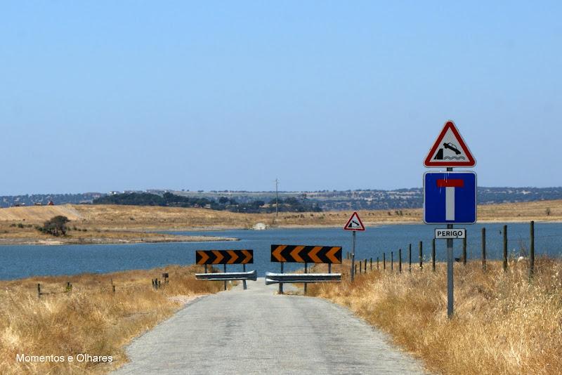 Barragem do Alqueva, Aldeia da Luz, fim do caminho