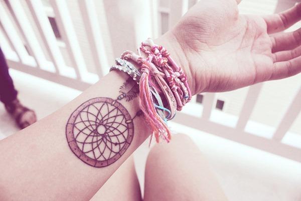 simples_pulso_dreamcatcher_tatuagem