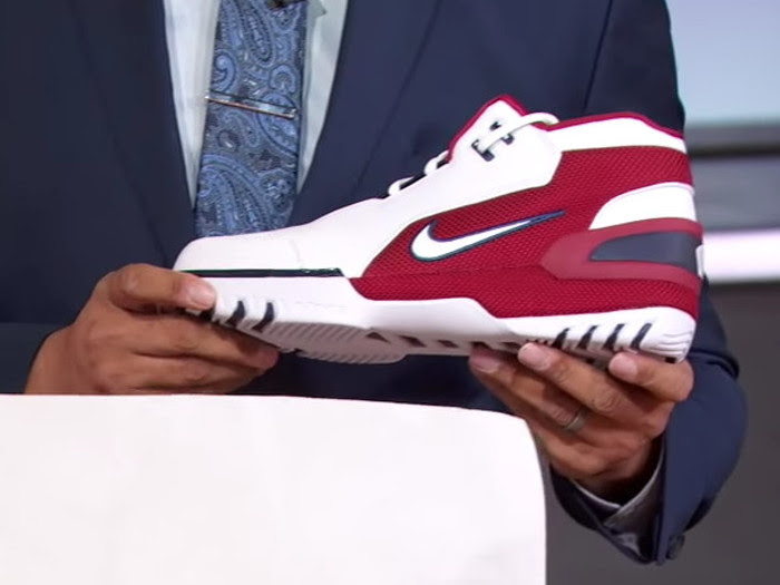 c2773c07e30 Nike Air Zoom Generation Retro Cavs Court Unboxing on ESPN