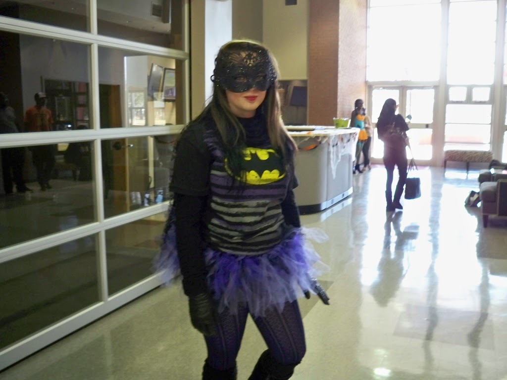 Halloween Costume Contest 2012 - 100_0952.jpg