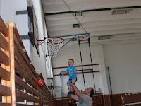 14. Amit a gyermek kiskorában megtanul, később mintha találná, talán kosárlabda bajnok lesz.JPG