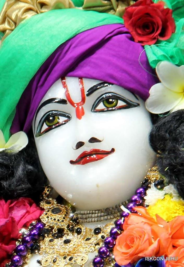 ISKCON Juhu Sringar Deity Darshan 19 Dec 2015 (20)