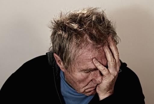 jenit sakit kepala sebelah kiri