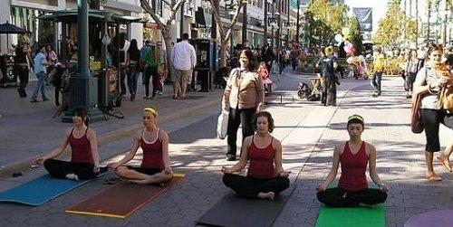 Santa Monica Promenade, Yoga And Meditation