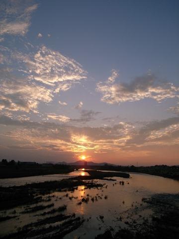 夕日渡良瀬川栃木県足利市感想きれい