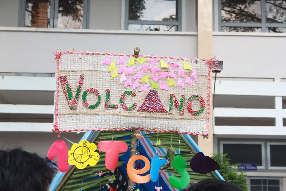 Mẫu cổng trại VOLCANO