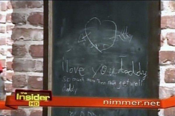 MENSAJE DE PARIS A SU PADRE (2005) Paris+mensaje+a+su+padre+2005
