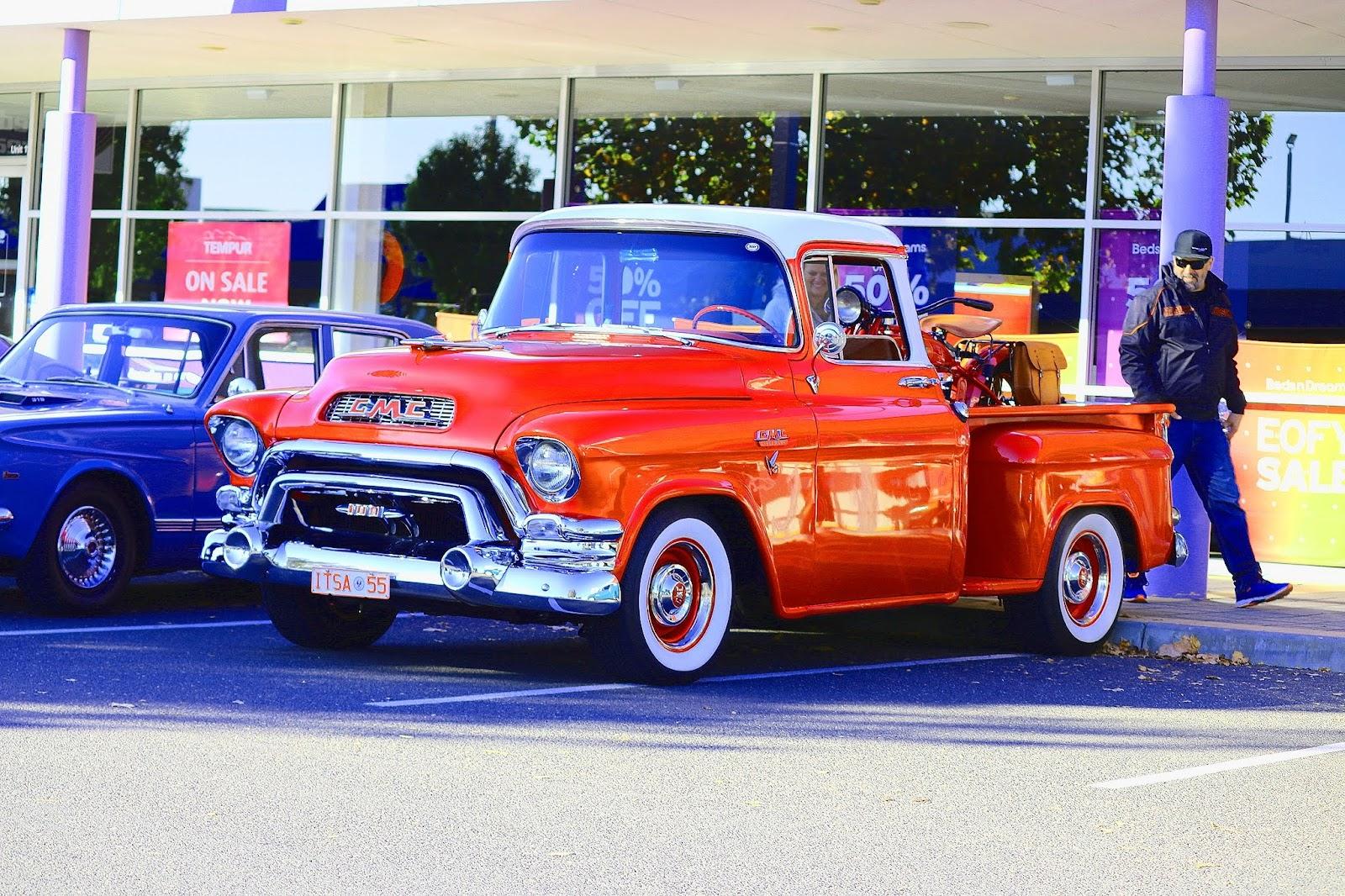 GMC Truck 1955.jpg