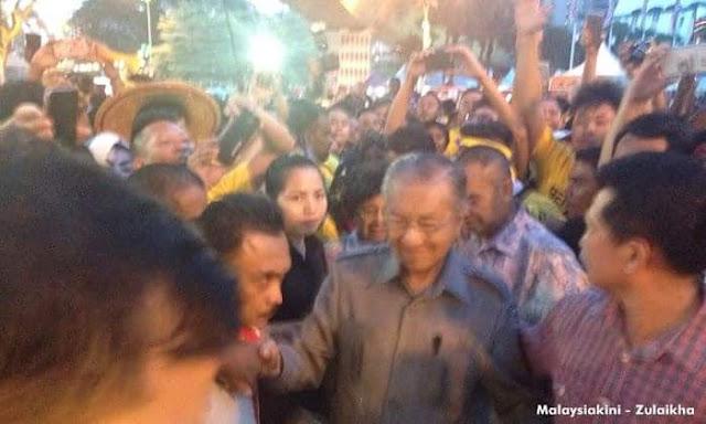 Terkini! Mahathir Hadir Ke Himpunan Bersih 4