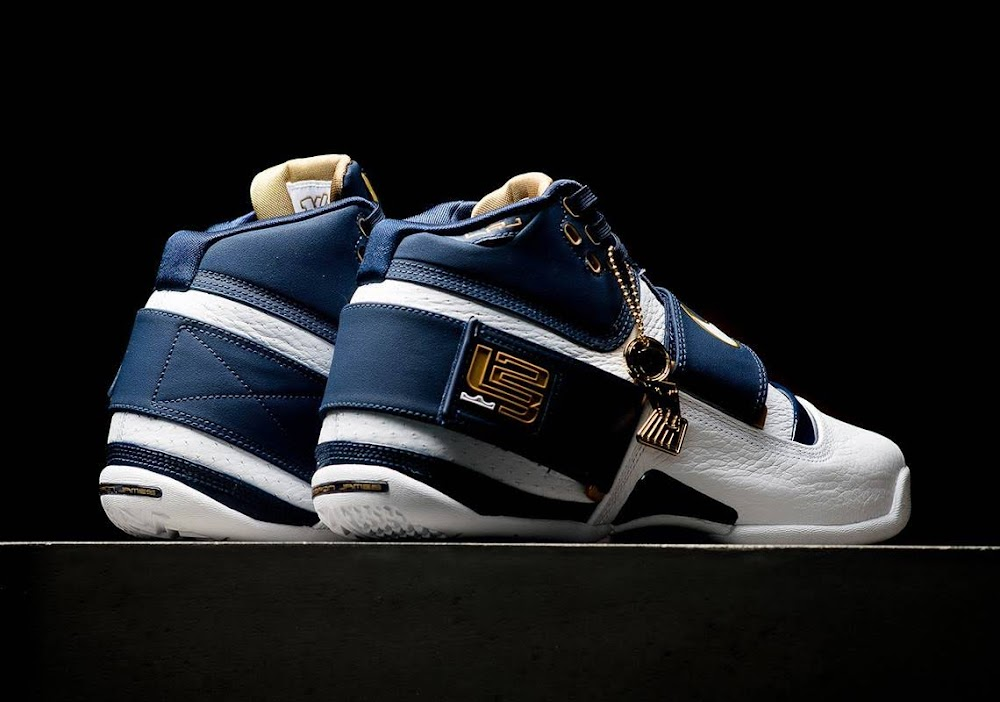 2c042646f3f ... Release Reminder Nike Zoom LeBron Soldier 25 Straight ...