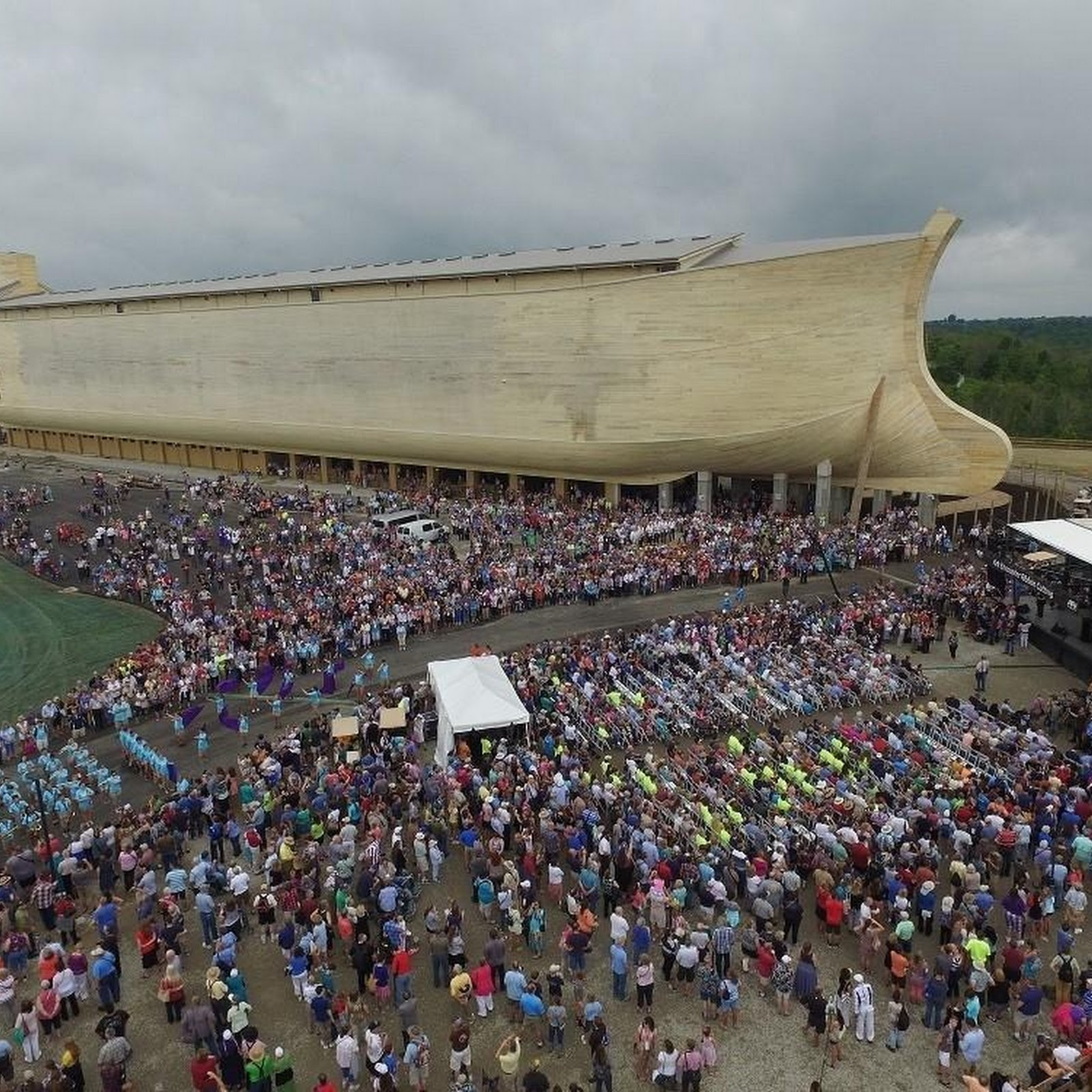 Life-Sized Noah's Ark at Theme Park in Kentucky