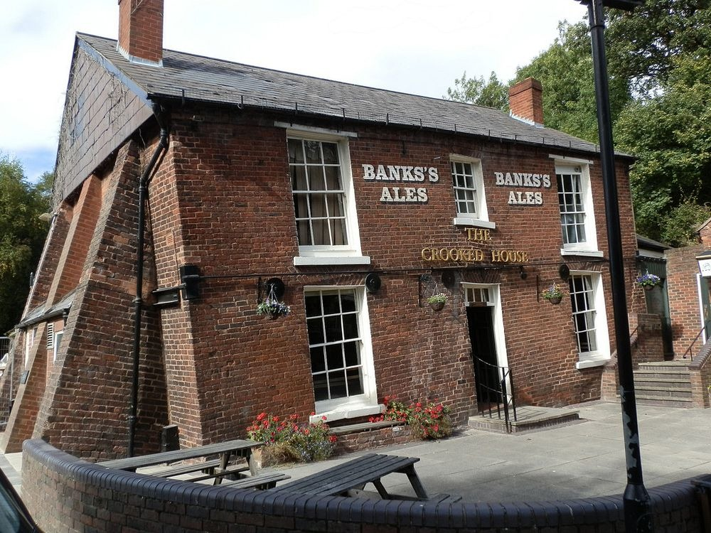 crooked-house-himley-7
