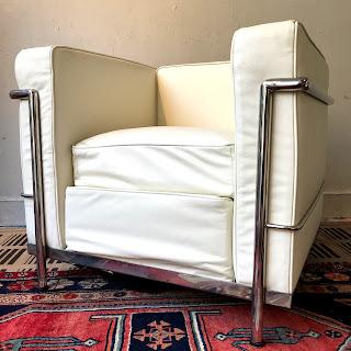 LC2 Style Armchair