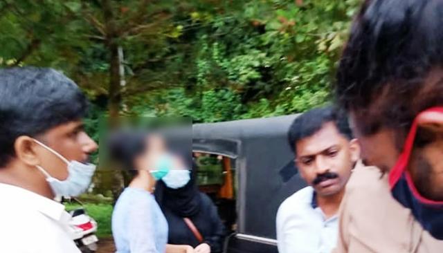 Vigilante attack on Para medical students- ಕಾರಿಂಜ ಪ್ರವಾಸ: ಧರ್ಮದ ಹೆಸರಿನಲ್ಲಿ ವಿದ್ಯಾರ್ಥಿಗಳ ಮೇಲೆ ಗೂಂಡಾಗಿರಿ- ಐವರ ವಿರುದ್ಧ ದೂರು
