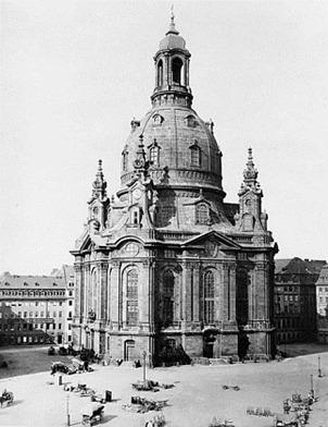 461px-Dresden_Frauenkirche_1880