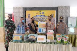 Kapolres Lumajang Salurkan Bantuan Penanganan Covid 19 KTS di Desa Purwosono