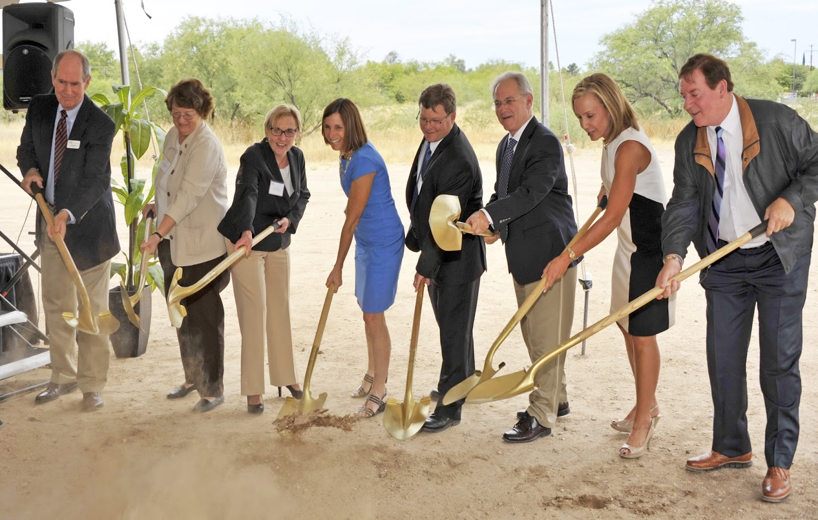 A groundbreaking ceremony took place today, at the future site of Santé of Tucson at 2040 N. Wilmot. Santé will offer post-hospital rehabilitation as well as short-term memory care at the 68,000 square foot facility. For more information, visit www.santecares.com 2040 N. Wilmot, Tucson, AZ 85712  480-563-2402 (until opening)