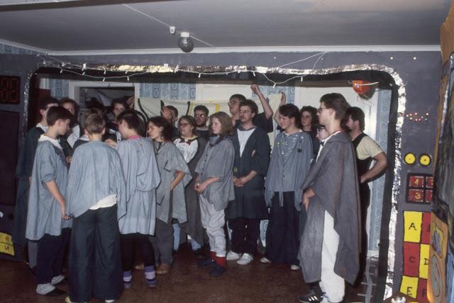 1985-1994 - 364-.jpg