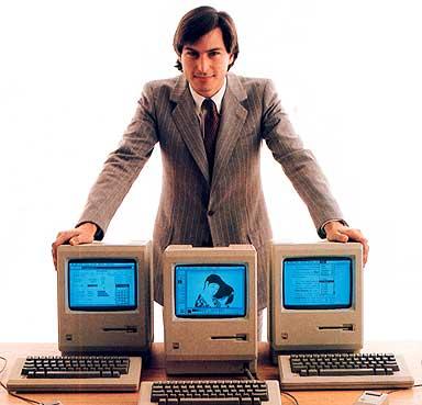 https://lh3.googleusercontent.com/-e1aeIKkh1Fw/UQZQjA6hNTI/AAAAAAAACug/15w_n-cQVZ8/s800/steve-jobs-1984-macintosh.jpg