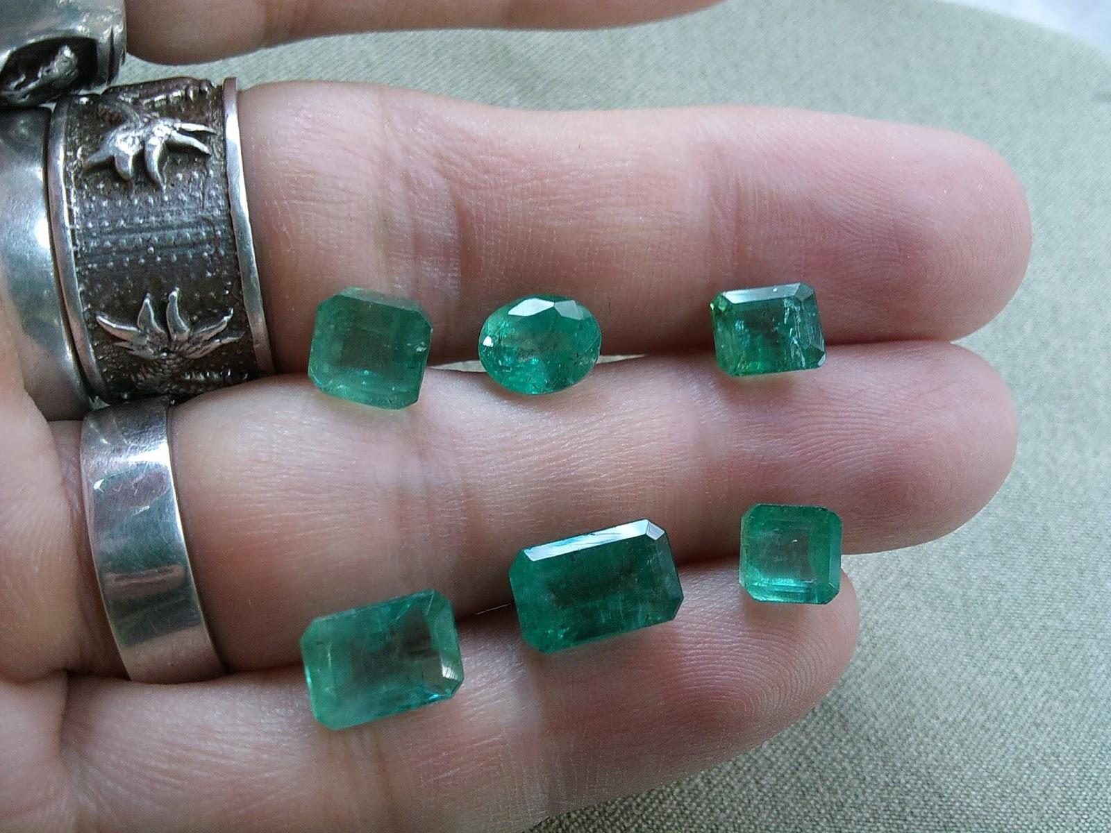 Đá quý Natural Emerald, Ngọc Lục Bảo thiên nhiên hàng Vip