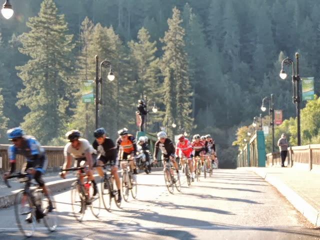 Gran Fondo 2013 - Riders%2B4.JPG