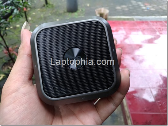 Unboxing QCY QQ200 Wireless Portable Speaker