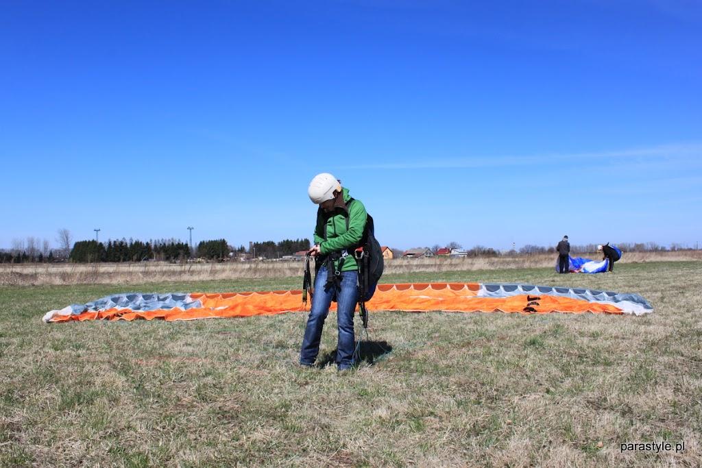 Szkolenia paralotniowe Luty-Kwiecień 2012 - IMG_1677.JPG