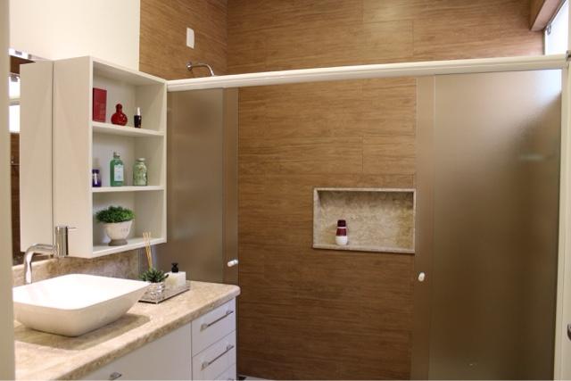 Arquiteta Bianca Monteiro Nicho e espelhos no banheiro -> Nicho De Banheiro Barato