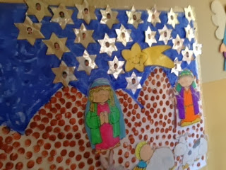Clase de carol infantil mural de navidad for Mural navideno
