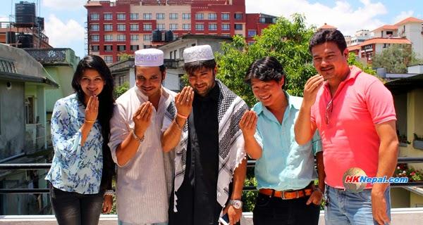 आर्यनले पनि मनाए ईद (फोटो फिचरसहित)