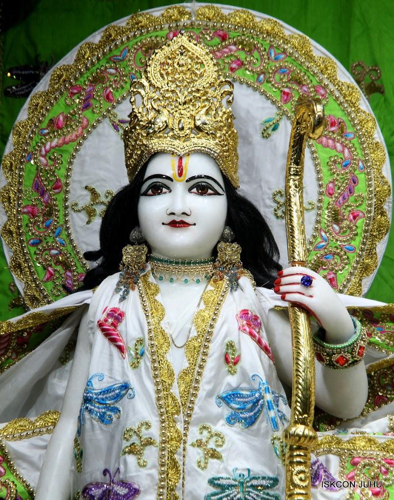 ISKCON Juhu Mangal Deity Darshan on 4th June 2016 (7)