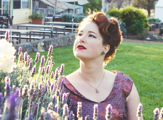 1950s formal party attire ~ hair and makeup details | Lavender & Twill
