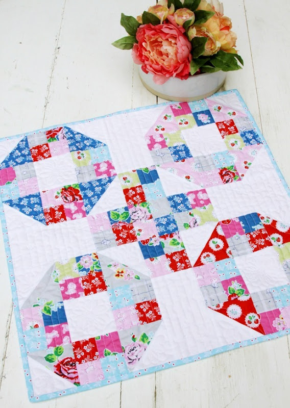 Strawberry-Biscuit-Fabric-Mini-Quilt