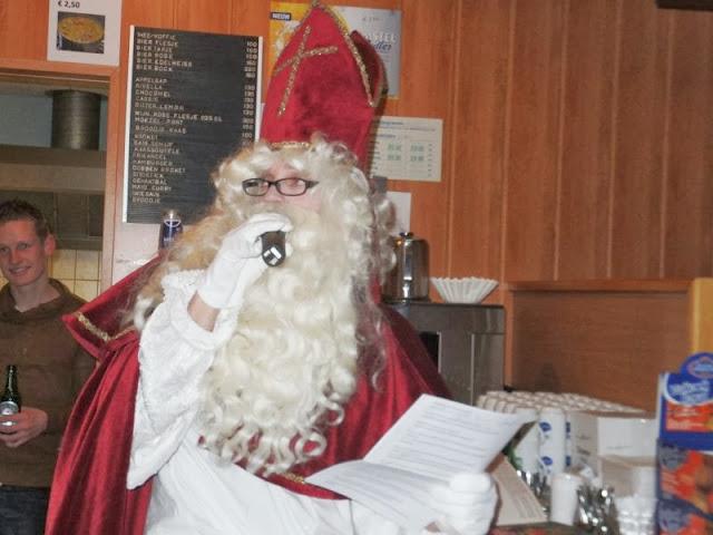 Sinterklaas voor daklozen 5-12-2013 - DSCF1511%2B%255B800x600%255D.jpg