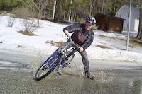 Sladd i vattenpölen! Första cykelturen 2008