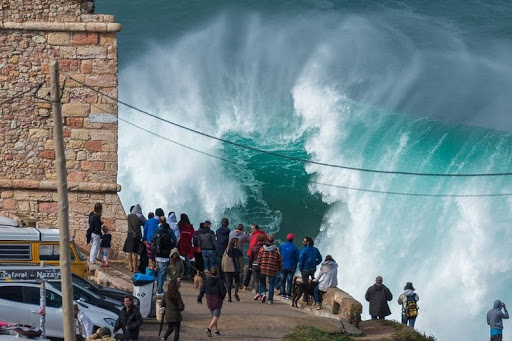 Nazare-big-onde-8