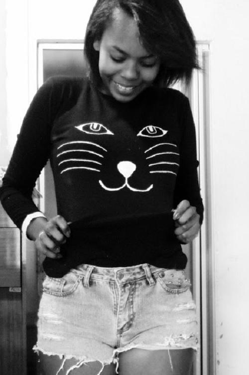 blusa customizada com gatinho