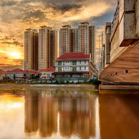 Golden bridge by Liquid Lens - City,  Street & Park  Vistas ( hdr, bridge )