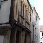 Rue au pois, encorbellement du 16e s.