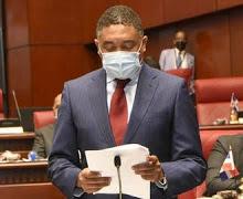 Vocera del gobierno dominicano paga 3.5 millones de pesos por asesoría; senador la cuestiona
