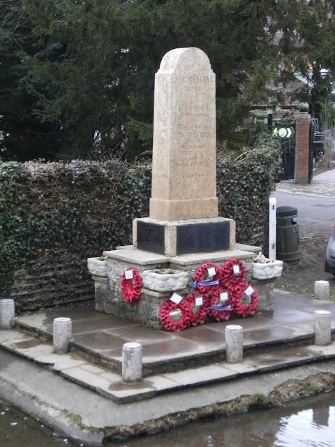 1102050039 War Memorial, Shoreham