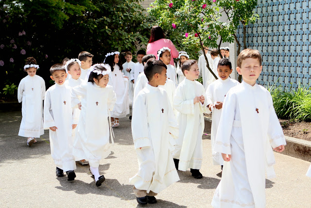 1st Communion May 9 2015 - IMG_1074.JPG