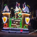 wooden-light-parade-mierlohout-2016089.jpg