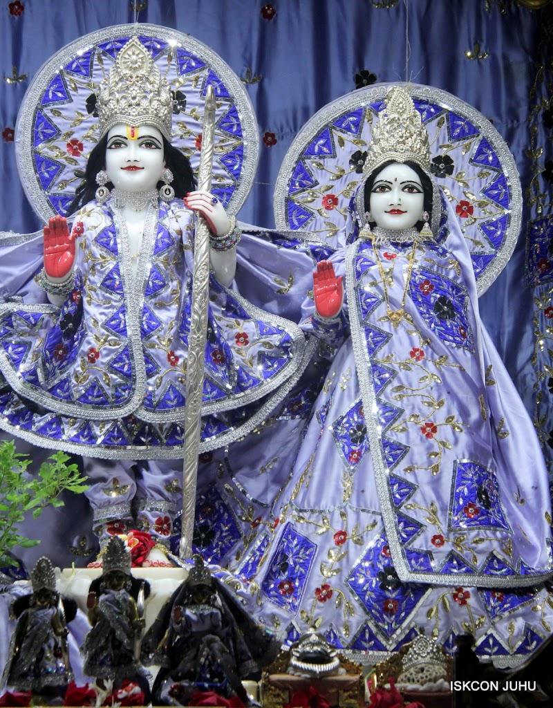 ISKCON Juhu Mangal Deity Darshan on 7th July 2016 (5)