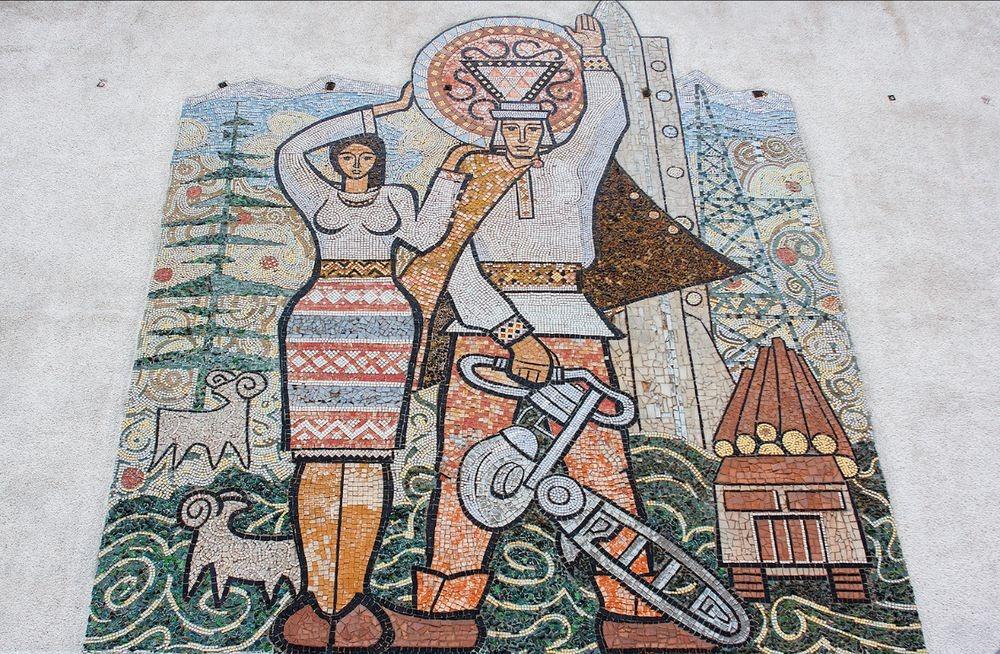 soviet-murals-yevgen-nikiforov-3