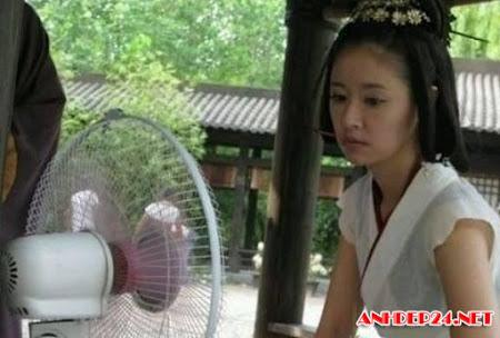 Nỗi khổ đóng phim cổ trang giữa hè oi bức của sao Hoa ngữ